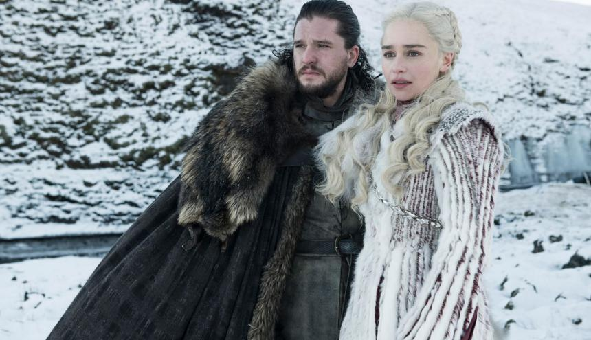 Jon Snow y Daenerys Targaryen, personajes de la serie.