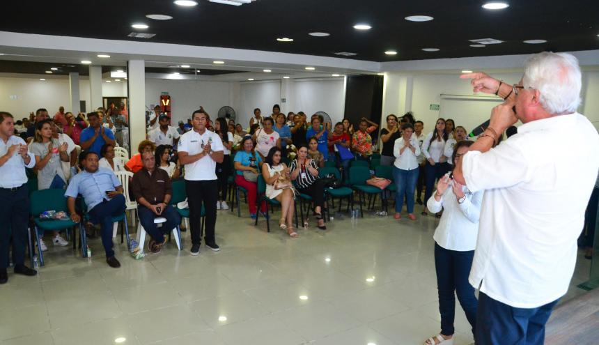 El alcalde Joao Herrera durante el evento.