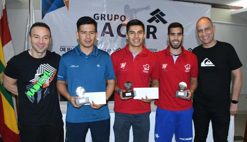 Podio de open: Mercado (centro), Gómez (i) y Garay.