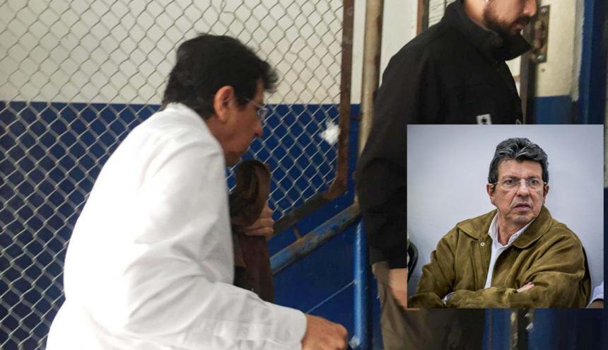 Fernando Marín Valencia a su entrada en la cárcel Modelo para ser reseñado.