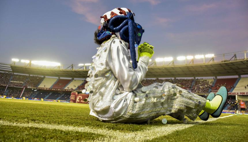 Previo al encuentro entre Junior y Pasto, una muestra carnavalera se presentó en el estadio.