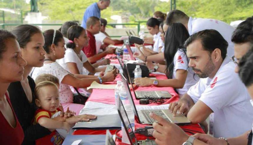 La Personería de Barranquilla realiza el registro  de migrantes.