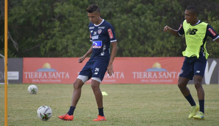 Víctor Cantillo durante el entrenamiento de este lunes.