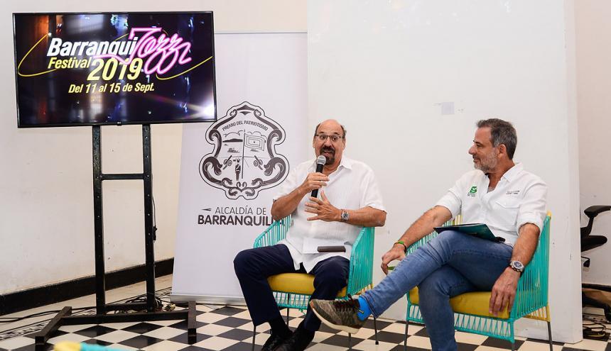 Samuel Minski y el secretario de Cultura Distrital Juan José Jaramillo.