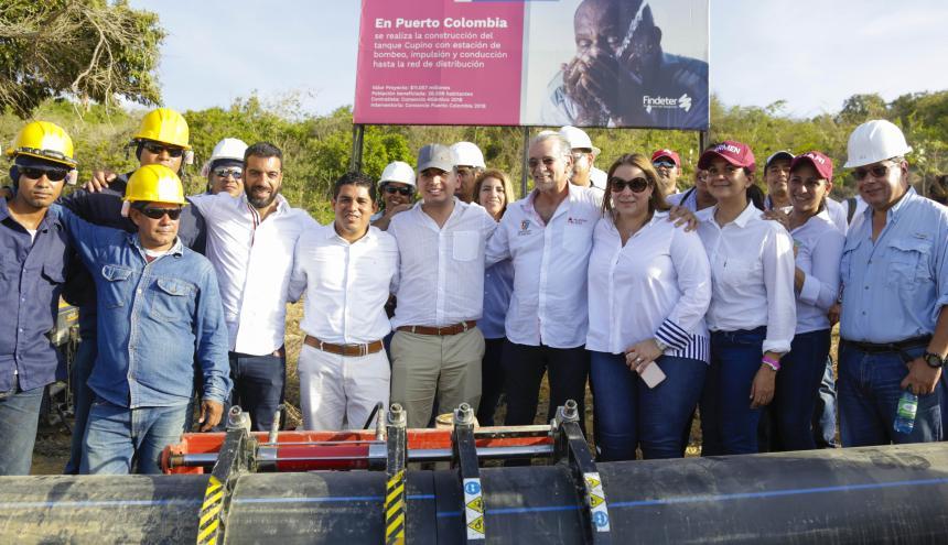 El ministro Malagón, acompañado del gobernador, el alcalde y congresistas del Atlántico.