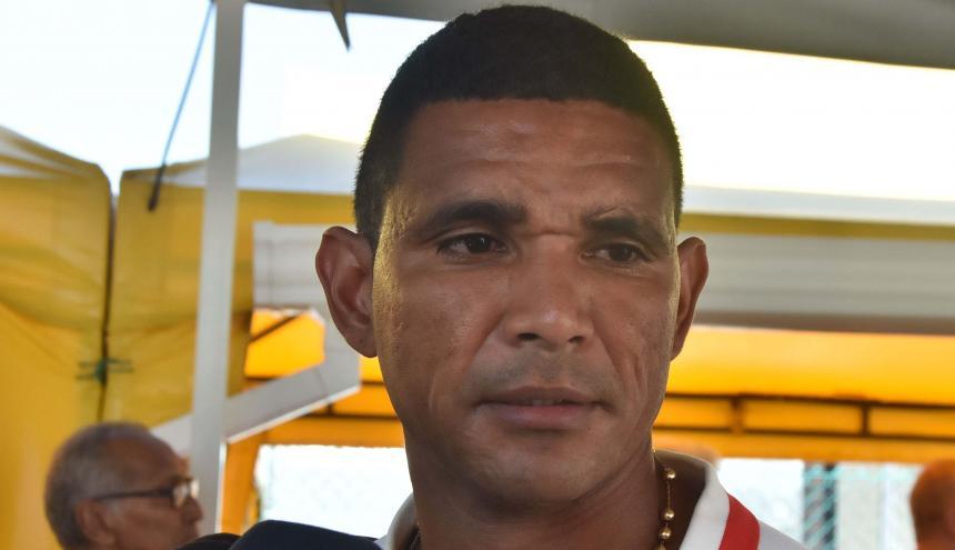 Luis Narváez.