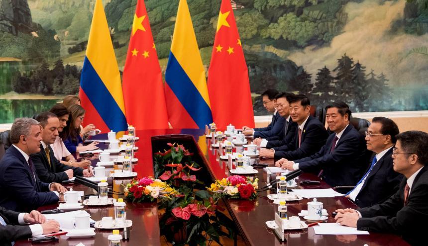 La comisión del gobierno colombiano, encabezada por el presidente Duque, se reunió con delegados chinos.