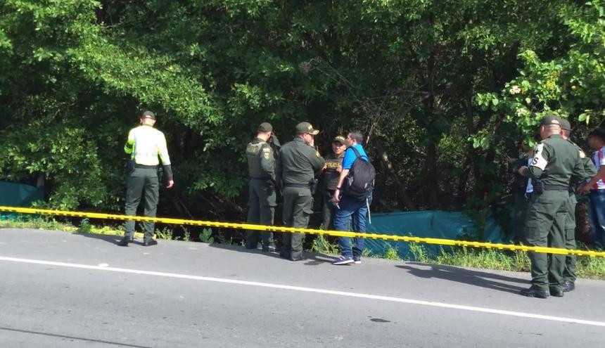 Autoridades hicieron presencia en el lugar del hallazgo.
