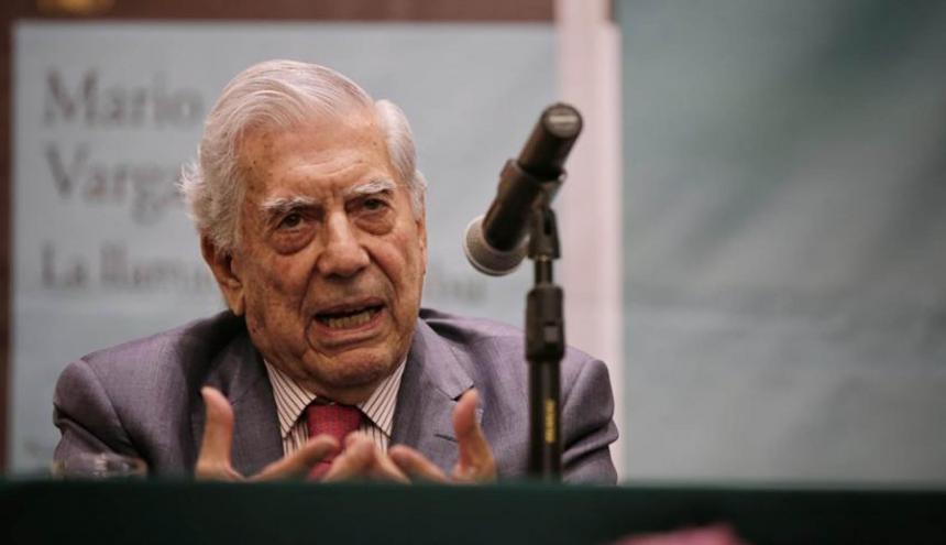 El premio Nobel de Literatura 2010, el peruano Mario Vargas Llosa.
