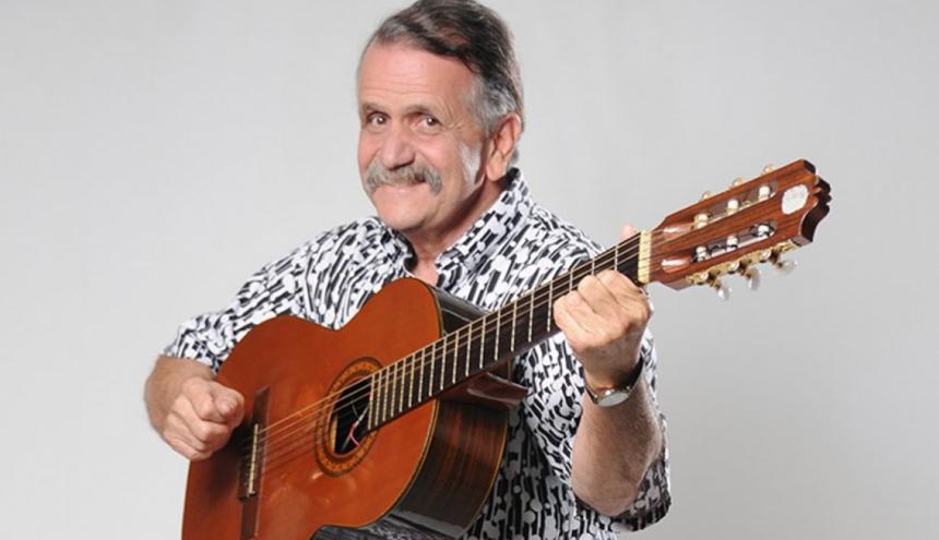 El humorista plateño Álvaro Lemmon, más conocido como El Hombre Caimán.