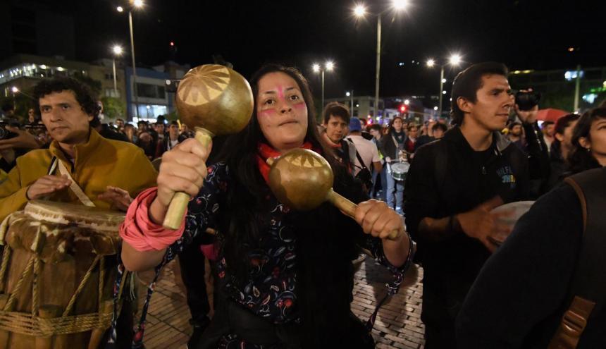 Manifestantes concentrados en una de las marchas en Bogotá