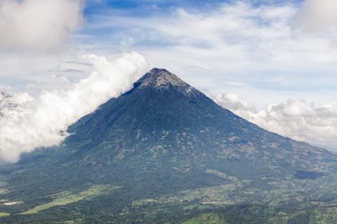 Image result for Volcán de Pacaya en Guatemala