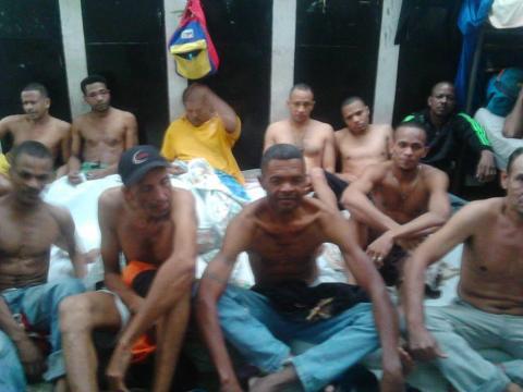 En esta imagen aparece un grupo de los 58 colombianos detenidos en Caracas hace un año y tres meses.