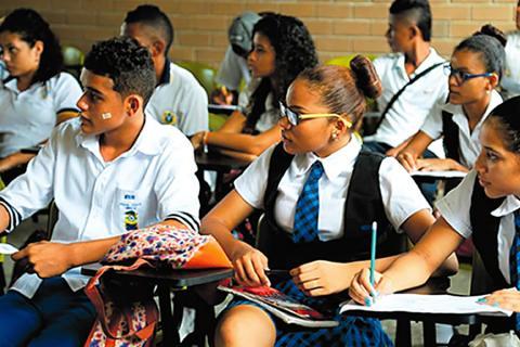 El MEN hizo un llamado a los padres de familia en todo el país para que no aplacen la matrícula de sus hijos en los colegios.