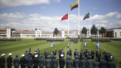 Colombia ascendió a generales investigados por falsos positivos: HRW