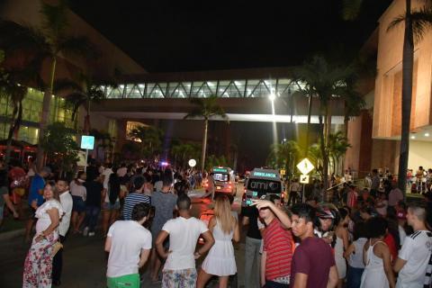Alerta por incendio en centro comercial Buenavista de Barranquilla