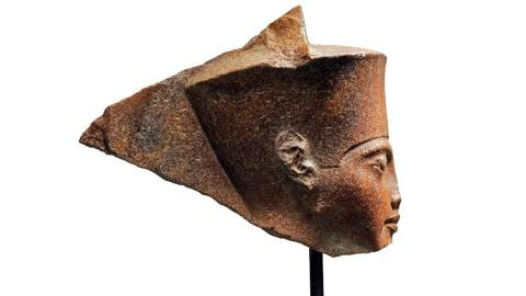 Londres subasta un busto de Tutankamón pese a las quejas de Egipto