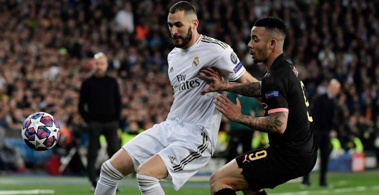 Benzema disputa un balón con Gabriel Jes´sus en el partido de ida entre el Real Madrid y el Manchester City.Archivo