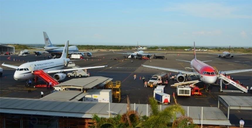 Resultado de imagen para aeropuerto de cartagena