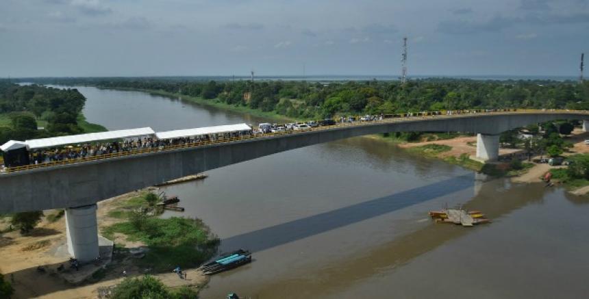 Talaigua Nuevo y Santa Ana estrenan puente que une a Bolíva ... - El Heraldo (Colombia)