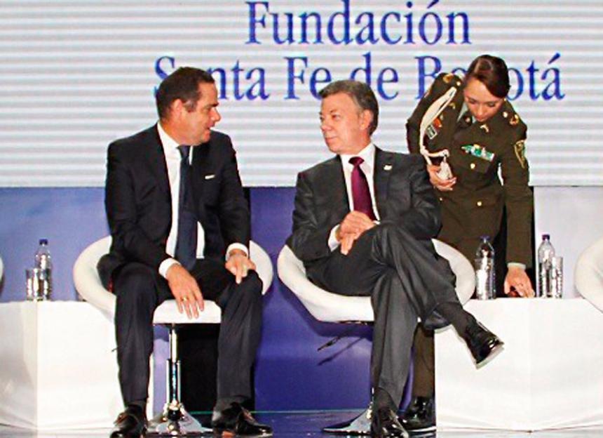 Santos viaja a EEUU para hacerse exámenes de cáncer de próstata