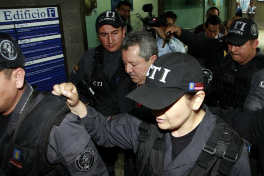 Condenan al general (R) Flavio Buitrago por nexos con alias Papero — COLOMBIA