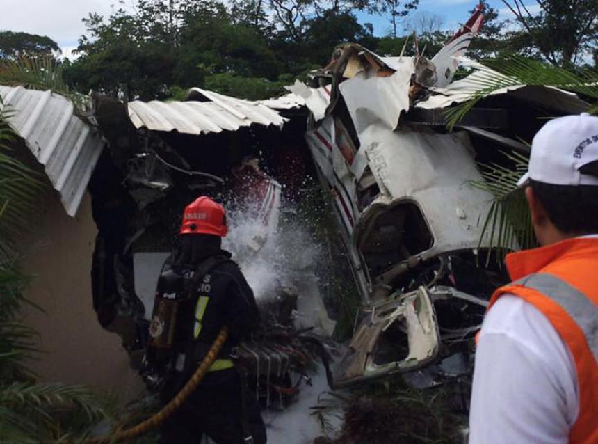 COLOMBIA: Nuevo accidente aéreo: avioneta se estrella al despegar desde Villavicencio