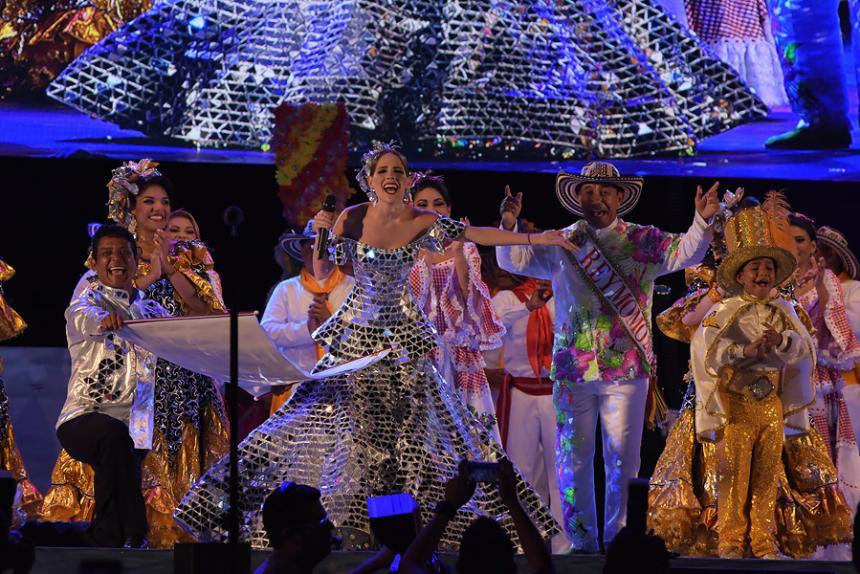 """Que los únicos muertos en Carnaval sean de la risa!"""": \'Fefi\' Mendoza ..."""