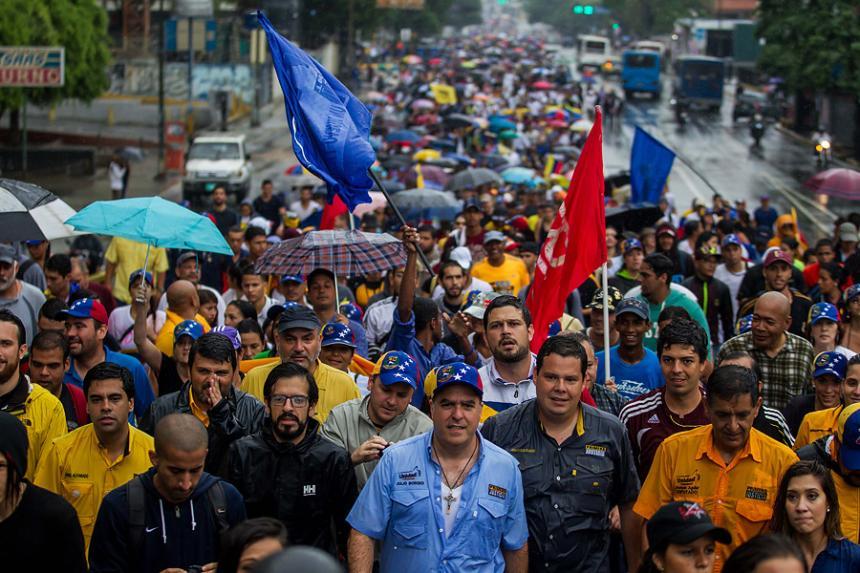 Sube a seis cifra de fallecidos por protestas en Venezuela, según oposición