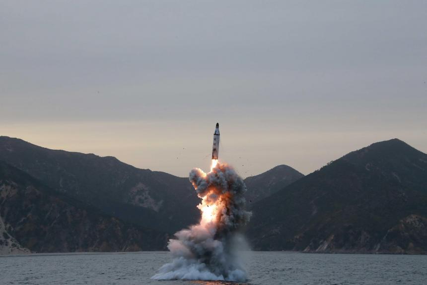 Corea del Norte amenaza hundir portaaviones de EU
