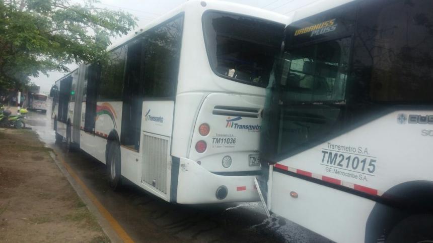 Al menos 79 heridos por choque múltiple de Transmetro en Barranquilla
