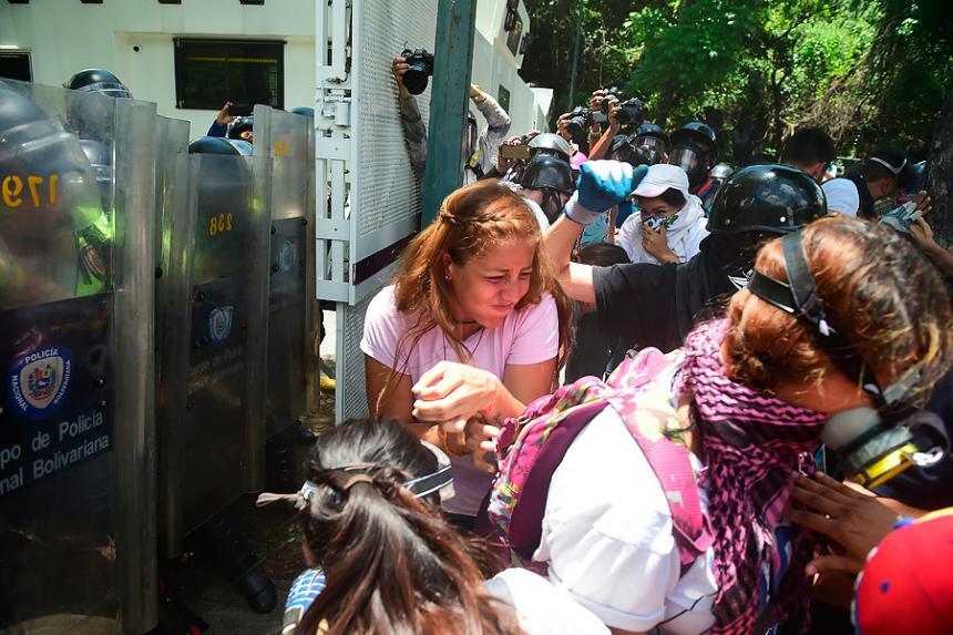 Asesinan a un dirigente estudiantil en Venezuela: Fiscalía