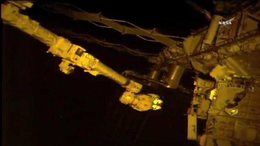 Dos astronautas realizaron caminata espacial 200 — Histórico