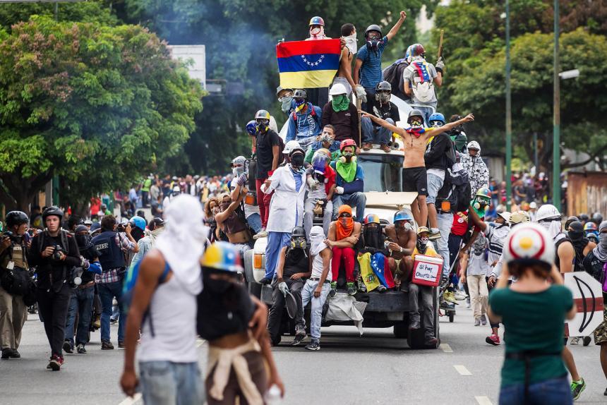 Cuatro personas perdieron la vida tras protestas en Barinas
