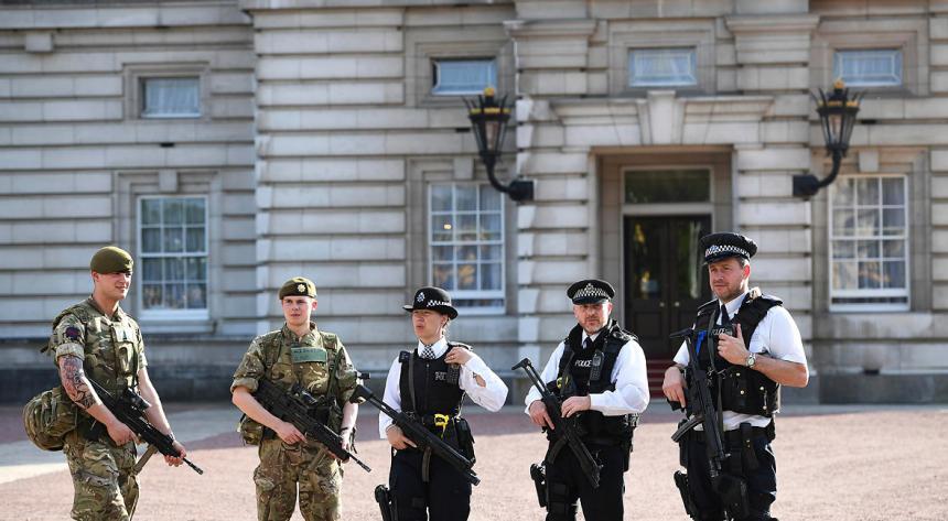 Identificaron a tres víctimas y al presunto atacante — Manchester