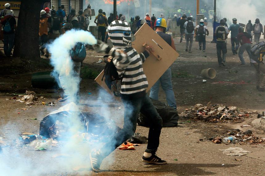 Al menos 119 heridos deja jornada de protesta en Baruta y Chacao