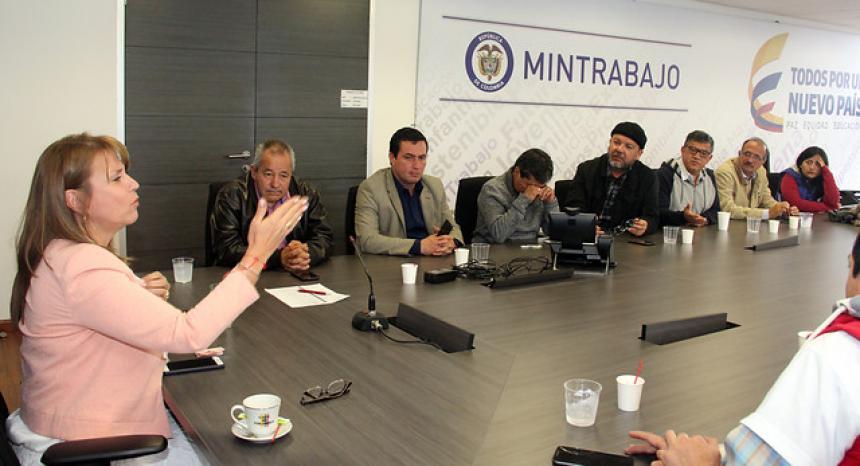 Sindicatos del Ministerio de Trabajo logran acuerdo con la entidad