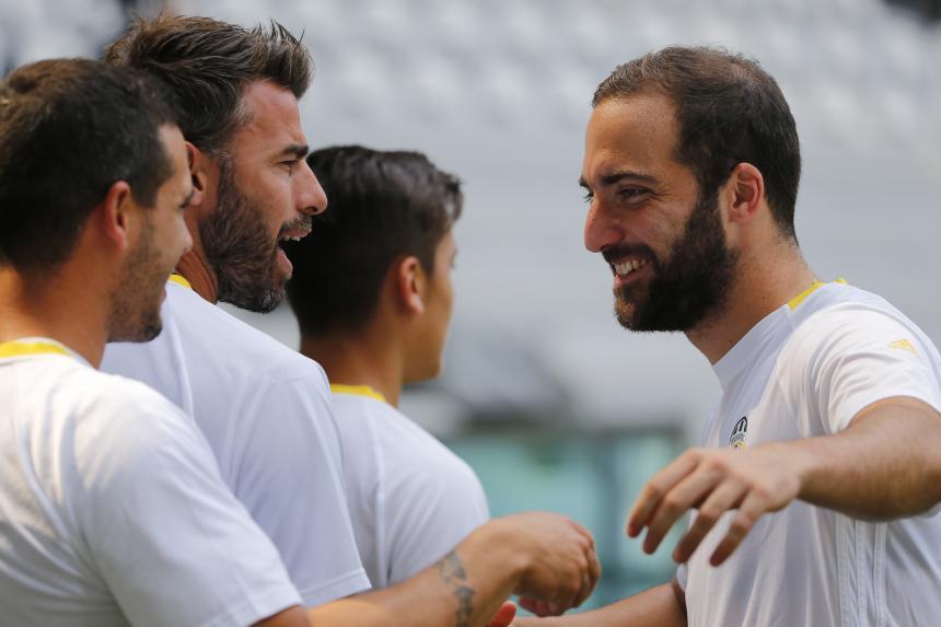 Cómo jugaron Gonzalo Higuaín y Paulo Dybala ante Real Madrid