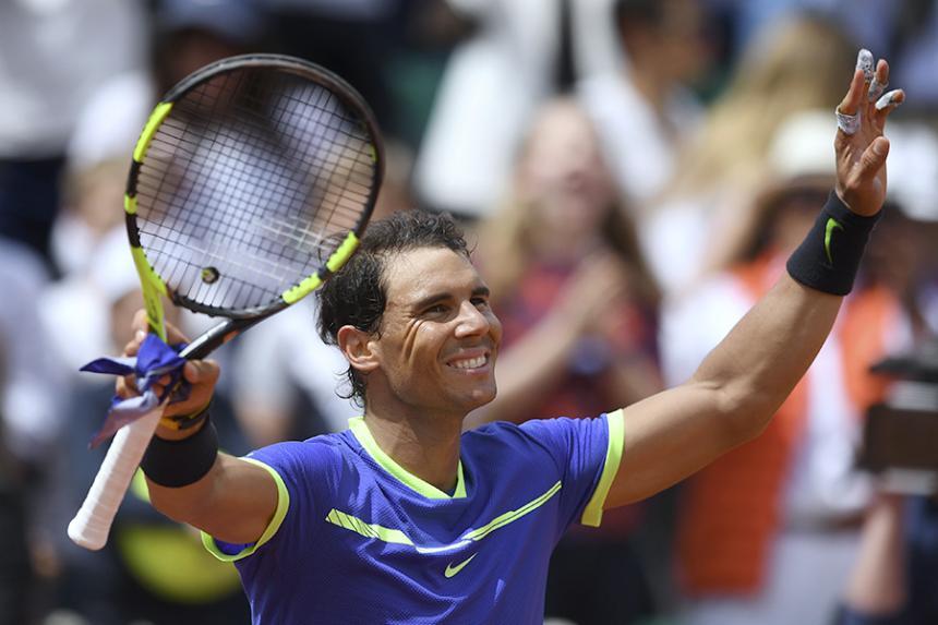 Nadal y Djokovic avanzan a cuartos de Roland Garros