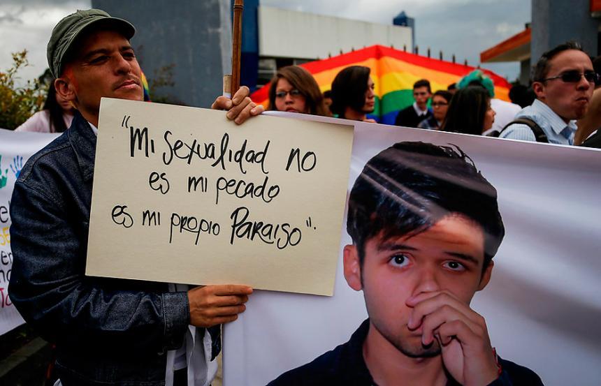 En libertad rectora acusada de discriminación en caso Sergio Urrego