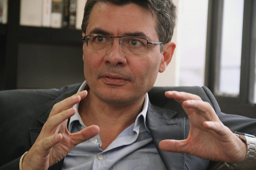 Minsalud Alejandro Gaviria fue diagnosticado con cáncer