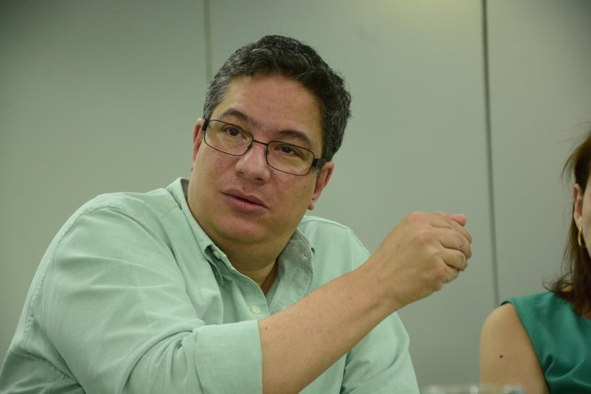 Campaña Santos 2010 responde a artículo de 'El Mundo'