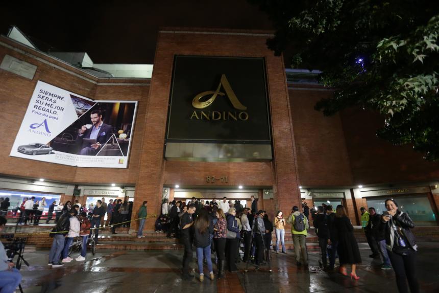Santos retorna a Bogotá para liderar situación tras atentado
