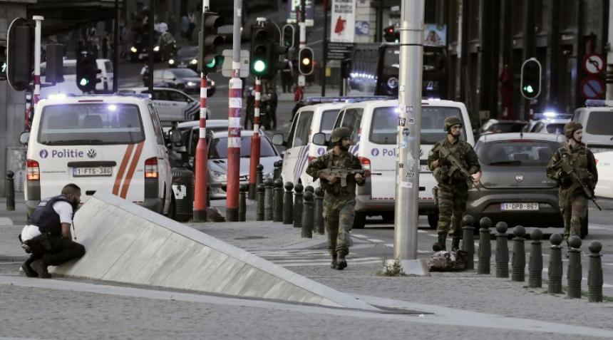 Soldados balearon a un hombre en la estación central — Bruselas