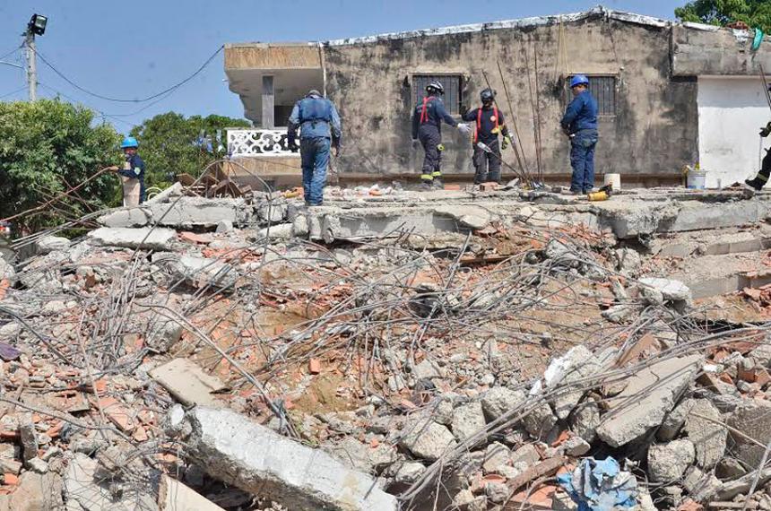 Se entrega inspector de Policía implicado en derrumbe edificio de Cartagena