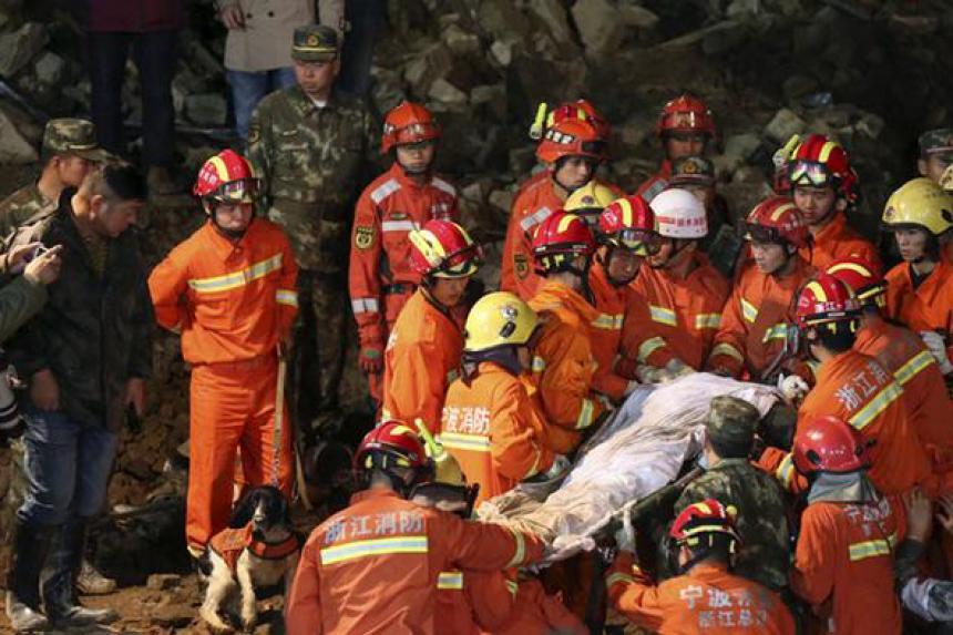Un deslizamiento de tierra deja más de 120 desaparecidos en Sichuan — CHINA