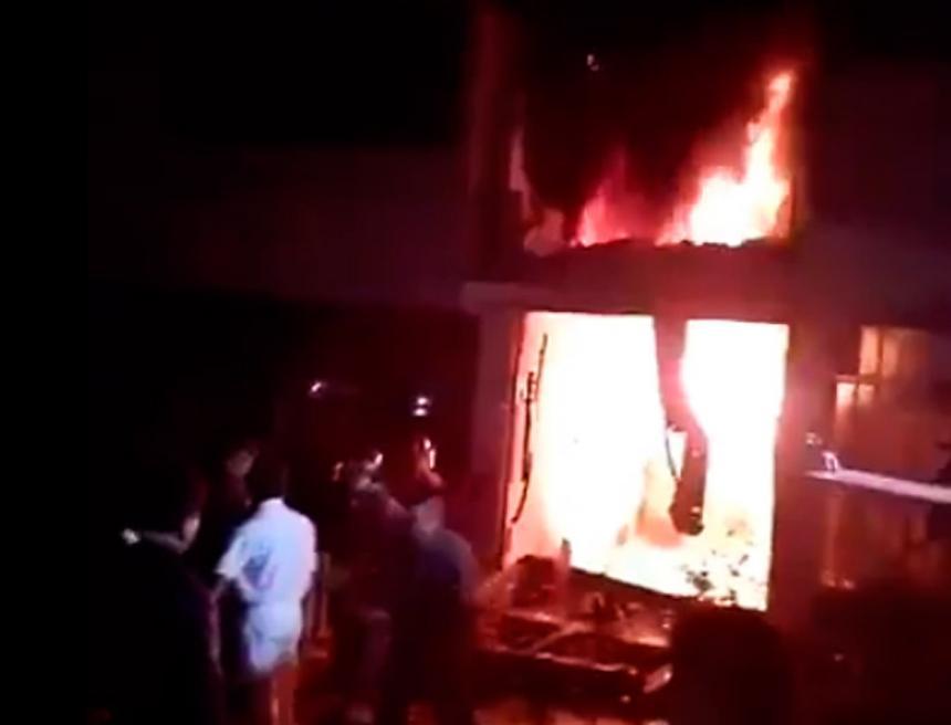 7 fallecidos deja un incendio en edificio multifamiliar — Chiclayo