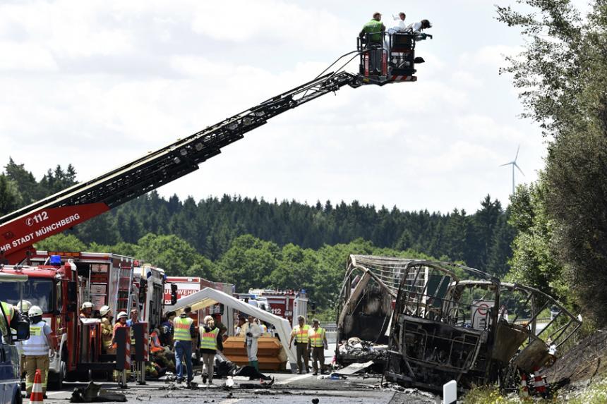 Trágico accidente en Alemania dejó varios muertos