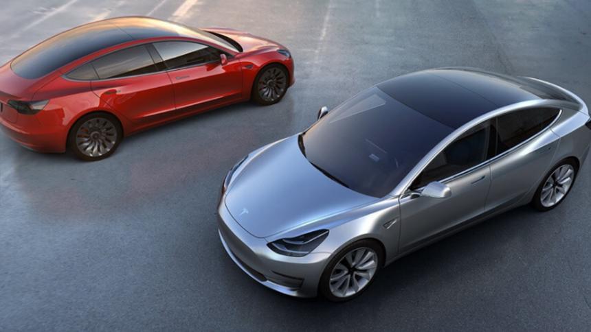 Tesla entregará los 30 primeros Model 3 este mes