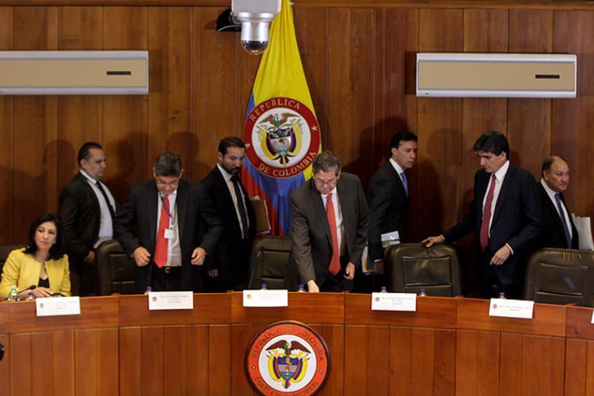 Gobierno pide a la Corte aval para la JEP